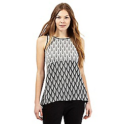 Principles Petite by Ben de Lisi - Black scale print trapeze top