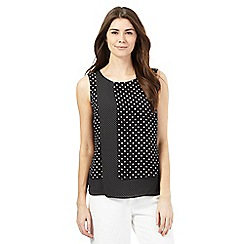 Principles Petite by Ben de Lisi - Black spot layer top