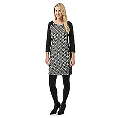 Principles Petite by Ben de Lisi - Black geometric tunic dress