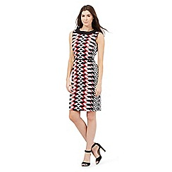 Principles Petite by Ben de Lisi - Pink chevron striped print shift dress