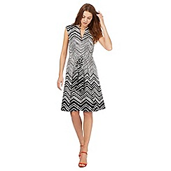 Principles by Ben de Lisi - Black zig zag print dress