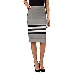 Principles by Ben de Lisi - Black and white striped pencil skirt