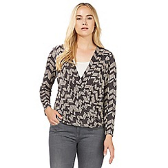 Principles by Ben de Lisi - Natural chevron print wrap top
