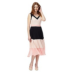 Principles by Ben de Lisi - Pink colour block pleated dress