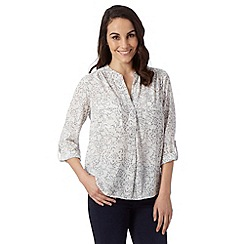 Principles by Ben de Lisi - Designer pale grey lace print shirt