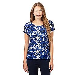 Principles by Ben de Lisi - Designer blue leaf print t-shirt