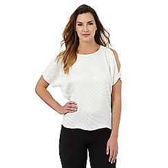 Principles Petite by Ben de Lisi - Ivory burnout cold shoulder top