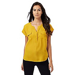 Principles Petite by Ben de Lisi - Dark yellow utility shirt