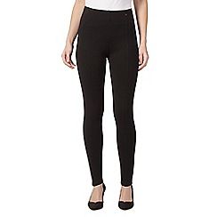 Principles Petite by Ben de Lisi - Black slim and trim petite leggings