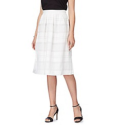 Principles Petite by Ben de Lisi - White textured skirt