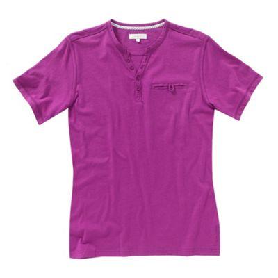 Dark pink y-neck mens t-shirt