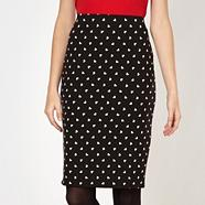 Black heart pattern pencil skirt