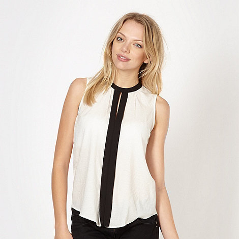 Red Herring - Ivory textured pleat front top