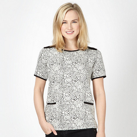 Red Herring - Cream jacquard floral top