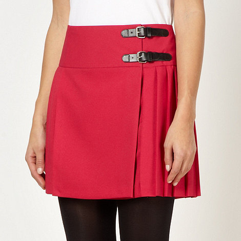 Red Herring - Dark pink pleated kilt