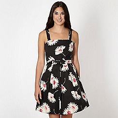 Red Herring - Black all over daisy prom dress