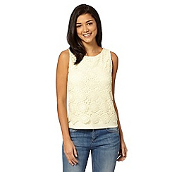 Red Herring - Light yellow lace front shell top