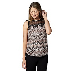 Red Herring - Light pink zig zag print lace shell top