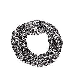 Mantaray - Grey twisted yarn snood