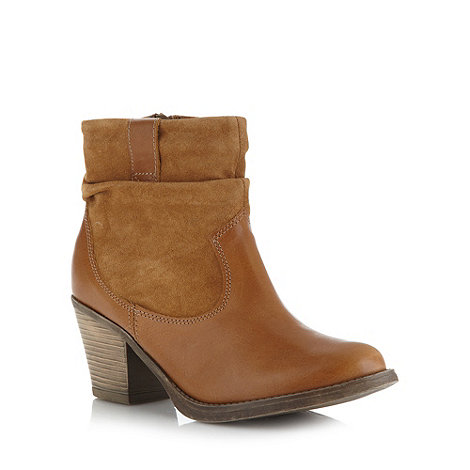 Mantaray - Tan ruched leather and suede ankle boots