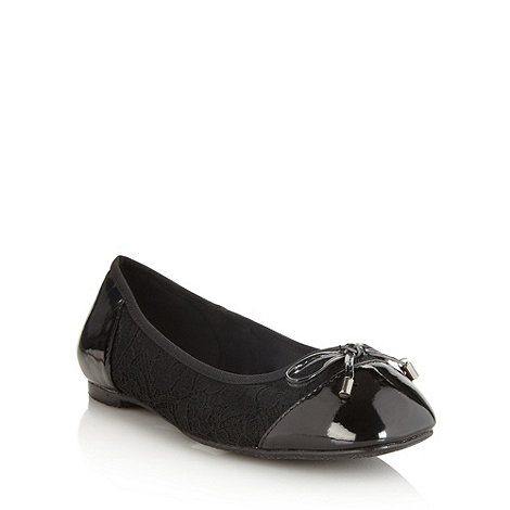 Good for the Sole - Black patent wide fit toe lace pumps