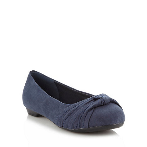 Good for the Sole - Navy wide fit knotted bow pumps
