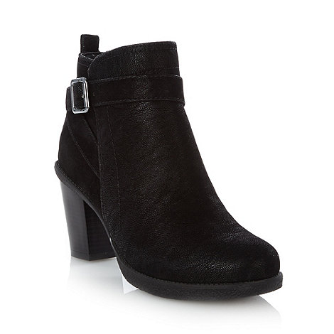 Mantaray - Black mid heel ankle boots