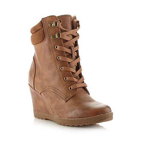 Red Herring - Tan lace up high wedge boots
