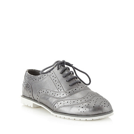 Red Herring - Silver metallic brogue