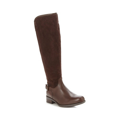 Mantaray - Dark brown leather stretch knee length low boots