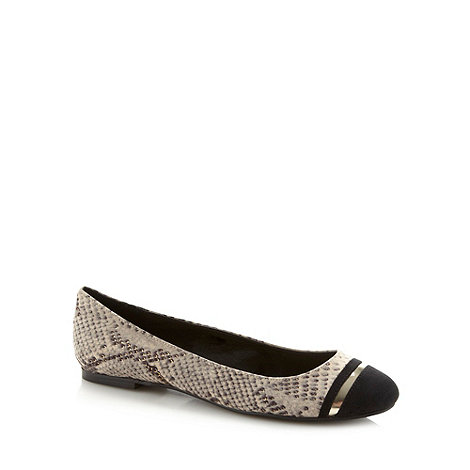 Red Herring - Black snake toe cap pumps