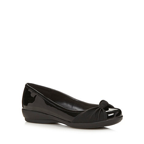 Good for the Sole - Black knot front wide fit pumps