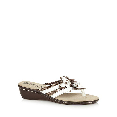 Good for the Sole - White leather flower strap wide fit wedge sandals