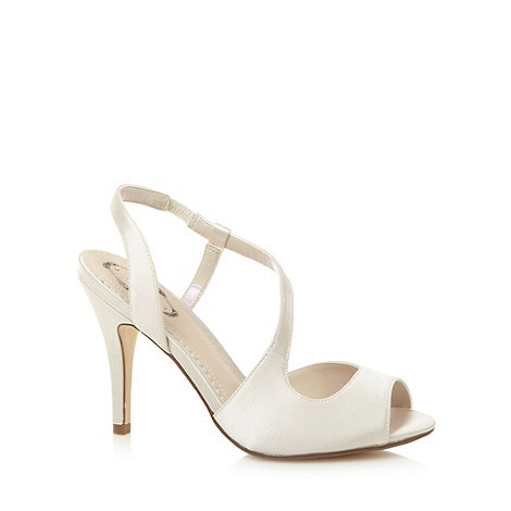 Debut - Ivory high curve sandals