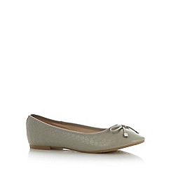 Red Herring - Light grey weave effect pumps