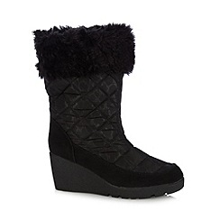 Mantaray - Black quilted calf length wedge boots