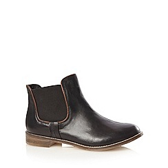 Mantaray - Black leather chelsea boots