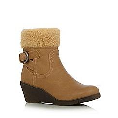 Mantaray - Beige faux fur low wedge heel ankle boots