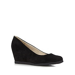 Good for the Sole - Black mid heel wedge wide fit court shoes