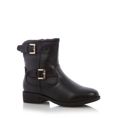 Good for the Sole Black buckled wider fit mid ankle boots - . -