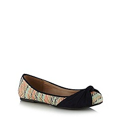 Mantaray - Navy multi weave knotted pumps