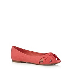 Mantaray - Coral knot flat slip on shoes