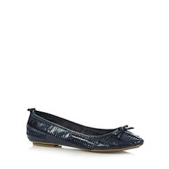 Mantaray - Navy leather weave slip on shoes