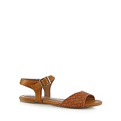 Mantaray - Tan woven flat sandals