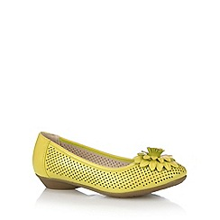 Good for the Sole - Yellow punched 3D flower wide fit pumps