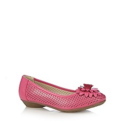 Good for the Sole - Bright pink punched 3D flower wide fit pumps