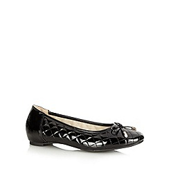 Good for the Sole - Black patent quilted wide fit pumps