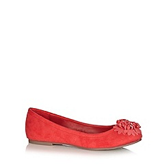 Good for the Sole - Dark peach clustered flower trim wide fit pumps