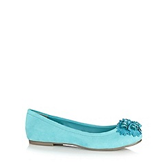 Good for the Sole - Aqua clustered flower trim wide fit pumps