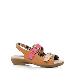 Good for the Sole - Light tan buckle wide fit sandals